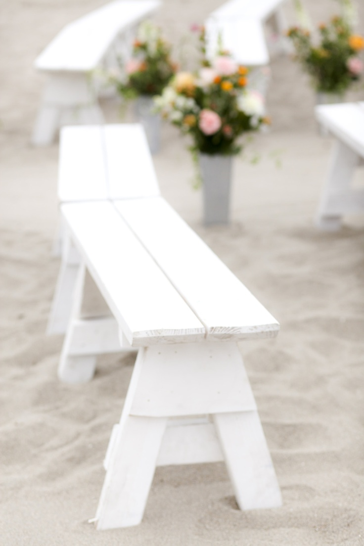 Beach benches for wedding     Photography By / http://bschwartzphotography.com
