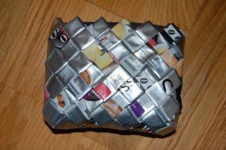 Betamania Com Cheirinho A Café: Porta moedas feito com sacas de café com cheirinho a café