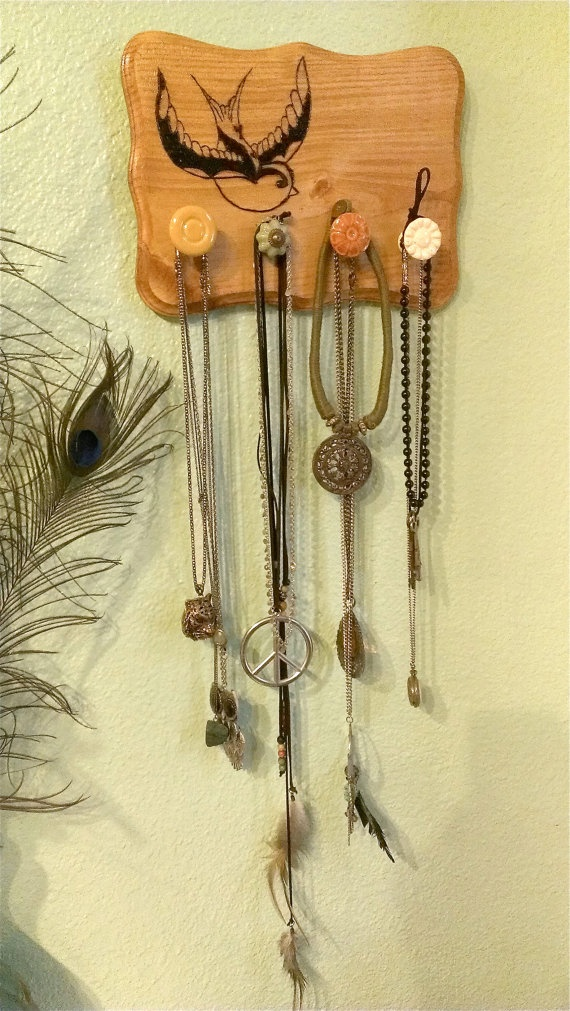 25 Unique Jewelry Wall Hanger Ideas On Pinterest Diy