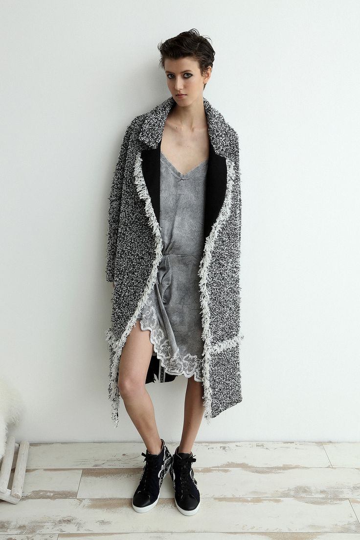 Sharon Wauchob | Resort 2015 | 03 Monochrome mottled coat and grey mini dress