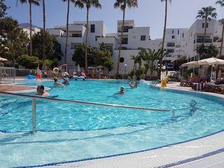 Appartement Sunset Bay, op slechts 290m van het strand, zwembad, luxe keuken