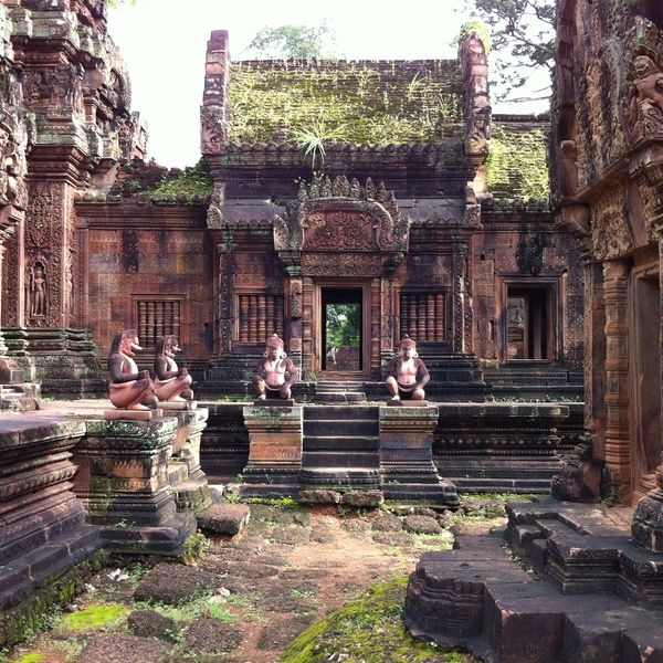 Check out this slideshow Savour sublime carvings at Banteay Srei in this list If You Only Have 3 Days in Siem Reap