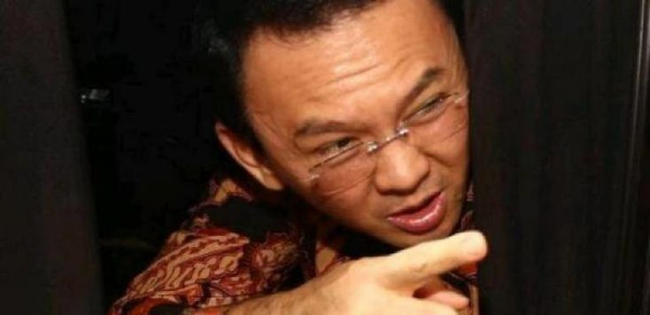 "Pakar Puslabfor: Video Ahok Dapat Dipertanggungjawabkan Keasliannya. MUI Tegaskan Putusan Ahok Hina Agama Sudah Melalui Investigasi  JAKARTA-Kasubbid Komputer Forensik Puslabfor Mabes Polri AKPB Muhammad Nuh Al-Azhar yang dihadirkan sebagai ahli dalam lanjutan sidang Basuki Tjahaja Purnama (Ahok) mengatakan bahwa video pidato Ahok di Kepulauan Seribu pada 27 September 2016 dapat dipertanggungjawabkan keasliannya.  ""Tidak ditemukan penambahan atau pembuangan frame. Artinya momen yang ada di…"