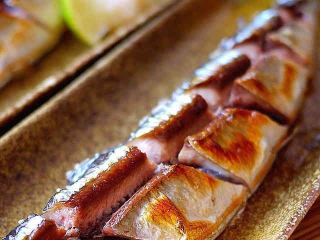 食べ易い「さんま塩焼き」の切り方の画像
