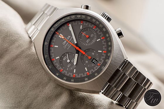 Comparative Review: The New and Vintage Omega Speedmaster Mark II