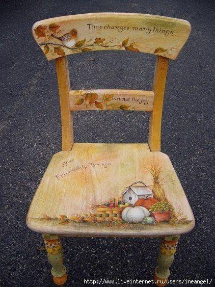 (3) Cadeiras recicladas