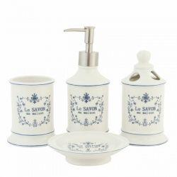 Mooie klassieke badkamerset in landelijke stijl van Clayre & Eef. De set La Savon ma maison badkamerset is uitgevoerd in porcelein, wit met blauw. De badkamerset staat mooi op de wastafel en zal de wastafel een landelijke uitstraling geven.  De 4-delige badkamerset bestaat uit: * Zeeppomp, * Tandenborstelbeker, * Zeepschaal, * Beker  De set past ook prima in de keuken of het toilet, elke plaats waar je zeep gebruikt of tanden poetst.  Afmetingen: Zeepdispenser 20 cm hoog, doorsnede 6,5 cm…