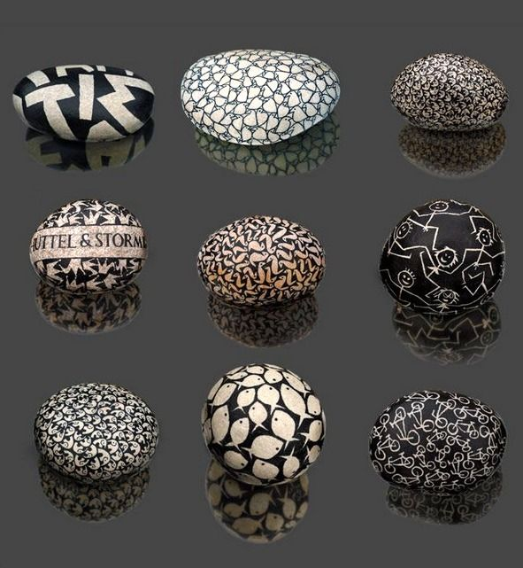 paperweights? nice to see that someone else appreciates black & white!