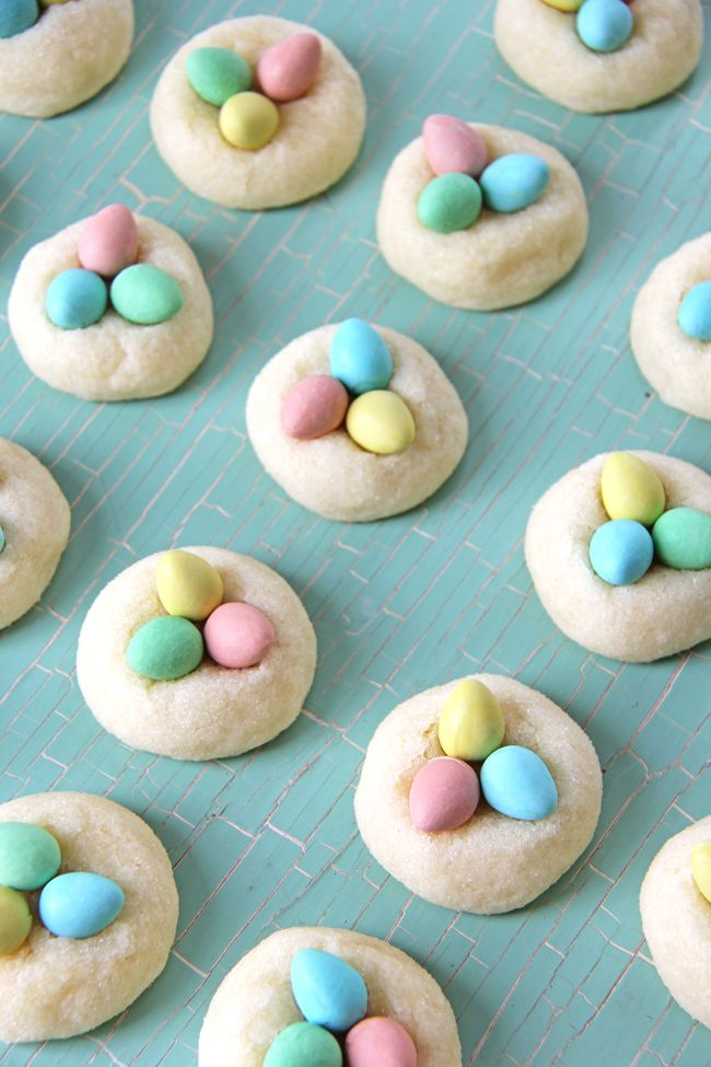 So cute - easter egg sugar cookies! My kids will LOVE these.