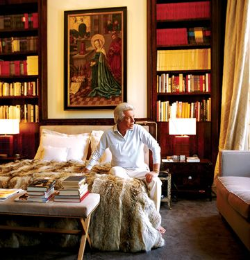 Jacques Grange for Valentino   Giammetti's London bedroom Nice article on Valentino & Giammetti!