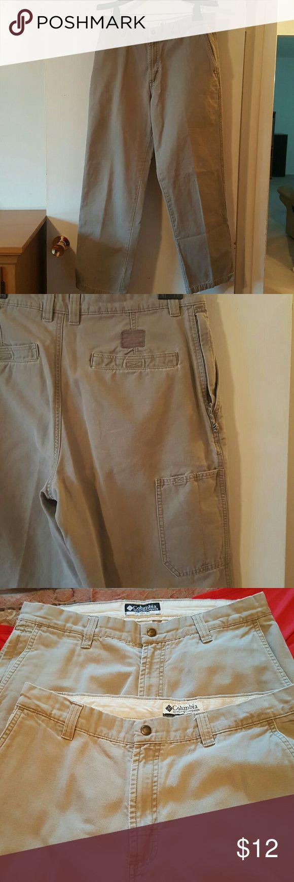 SALE!!!!! 2 For  $ 10.00 Men's Khaki Pants Men's Columbia Sportswear Company Khaki Pants....BOTH Size 33x32....100 % Cotton....2 For $10.00 Columbia Sportswear Company  Pants Chinos & Khakis