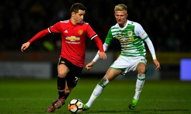 Manchester United transfer news: AC Milan keen to sign Ander Herrera
