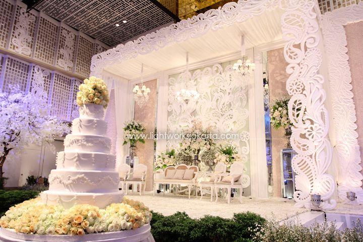 Erwin & Melati's Wedding ; Decorated by Nefi Decor; Located in Thamrin 9 Ballroom ; Lighting by Lightworks