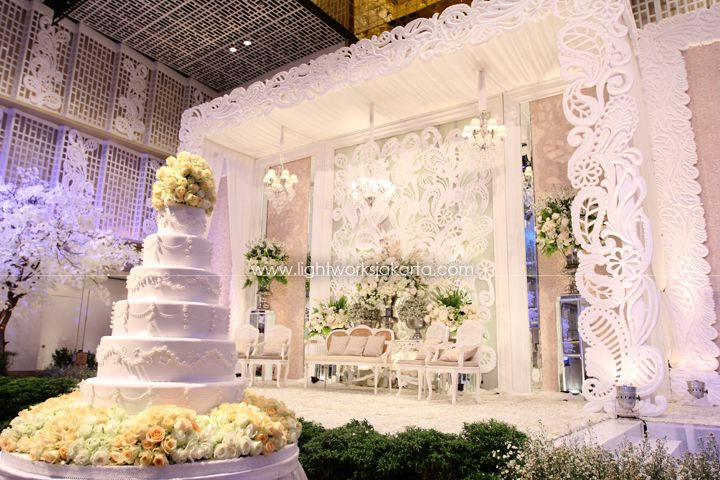 Erwin & Melati's Wedding ; Decorated by Nefi Decor; Located in Thamrin 9 Ballroom ; Lighting by Lightworks