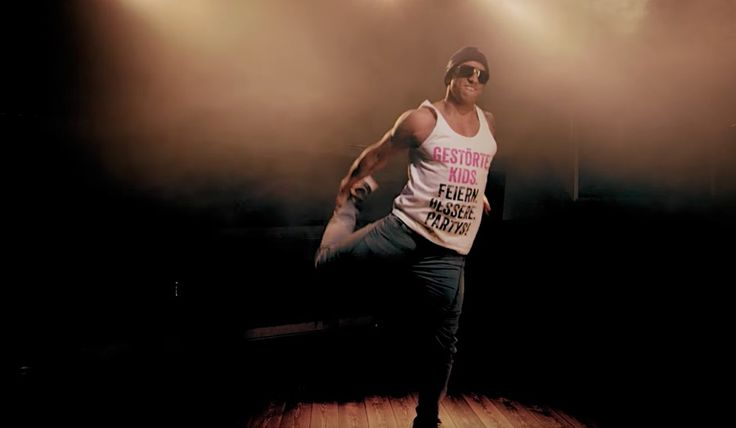 """Daniel Aminati disst gegen Sido zurück  Rapper haben ja diese Eigenart, dass sie sich in ihren Texten häufig über Prominente auslassen. Das tut auch Sido in seinem neuesten Song """"Masafak..."""