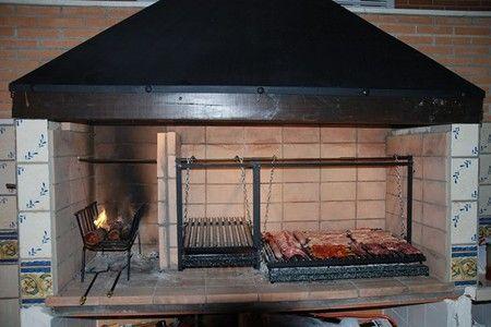 Asador b sico de metal asadores pinterest for Modelos parrillas para casas