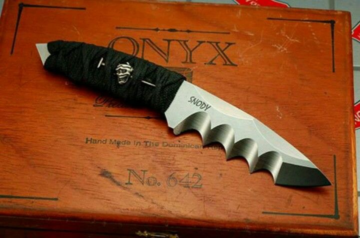 Mike Snody Knife, BadAss Serrations..