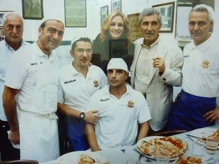 "L'Antica Pizzeria da Michele Naples. ""Voted best in the world"" in Italy~"