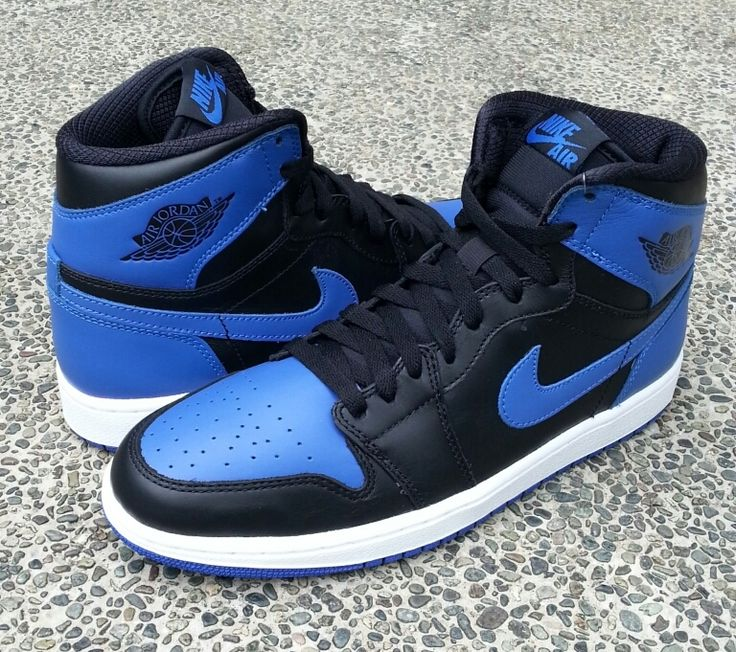 "Air Jordan 1 ""Royal Blue"" Retro  http://www.kickbest.com/cheap-authentic-jordan-1-og-royal-blue-for-sale-p-15297.html"