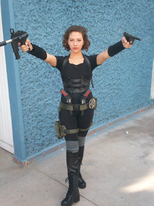 Alice Resident evil cosplay by ~Nanakiss on deviantART