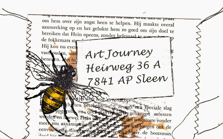 Ik heb pagina's uit een oud boek van de kringloop bewerkt met thee  Gebruikte Art Journey stempels: Insects en Ripple