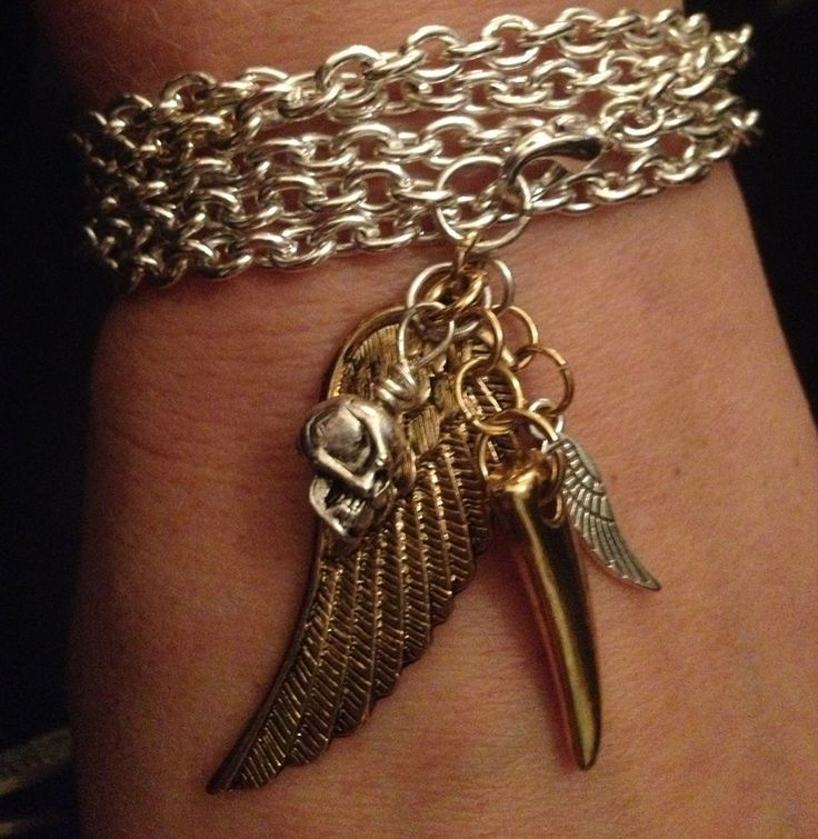 ODD DECOY silver chain choker necklace bracelet with golden wing tooth scull by madlymore.tictail.com