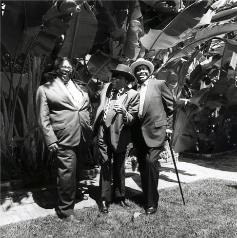B.B. King, John Lee Hooker and Willie Dixon, Los Angeles, CA 1991  © PAUL NATKIN