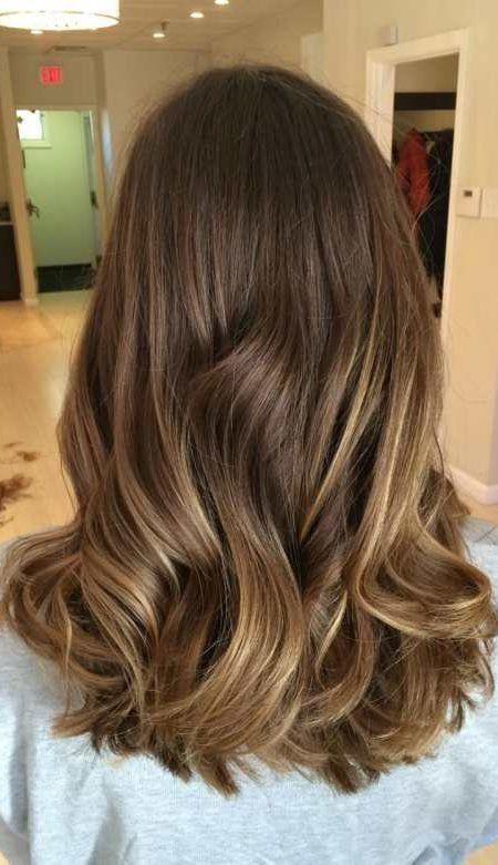 Balayage cores de cabelo elegante e linda - http://bompenteados.com/2017/10/09/balayage-cores-de-cabelo-elegante-e-linda.html