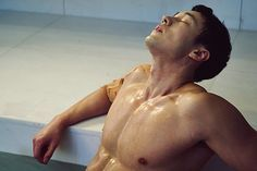 """*Squeals* OMG. SERIOUSLY. STILL not over his bath scene in """"Oh My Venus."""" Never will be. xD"""