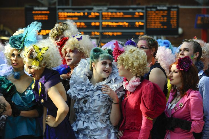 An #Effie Army at the #CatchingFire #Capitol Costume Competition http://www.panempropaganda.com/movie-countdown/2014/3/16/an-effie-army-at-the-catching-fire-capitol-costume-competiti.html/