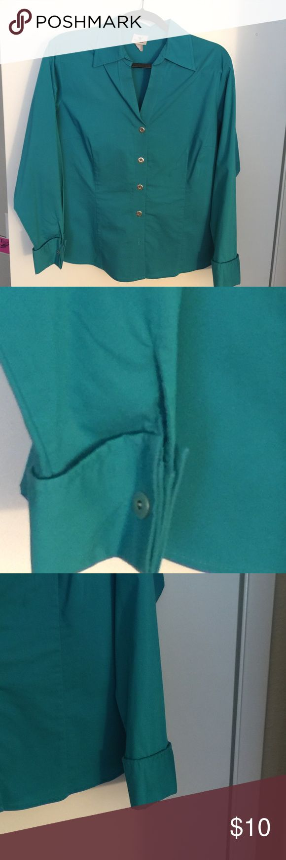 women's Teal Size 16 petite shirt/blouse. Ex cond. Size 16 Petite Worthington women's blouse with stretch and French cuffs. Worn a couple times. Worthington Tops Button Down Shirts