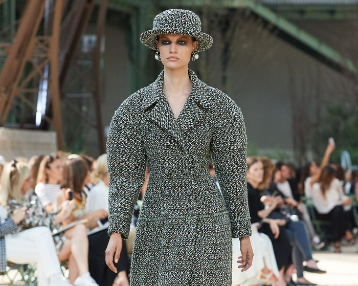 A Parisian garden was created in the Grand Palais in the shadow of its own mini Tour Eiffel to host the CHANEL Fall-Winter 2017/18 Haute Couture show.