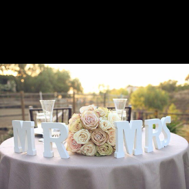 really like this idea for our table grooms tablebride