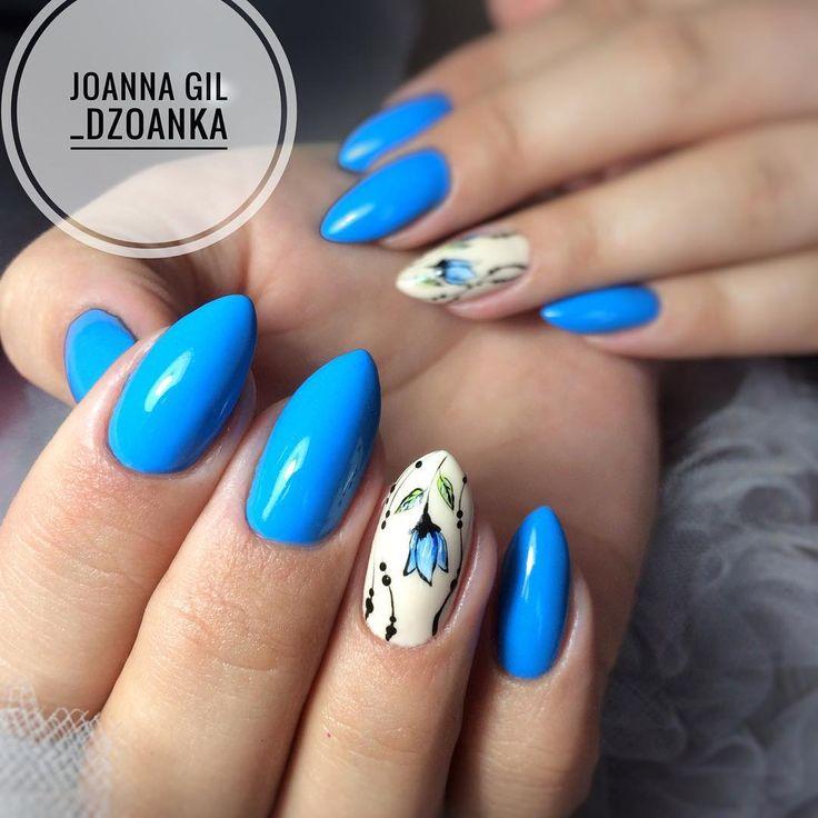 Gel Brush Cookie Monster 🌷 pazurki @kocotek , zajrzyjcie jakie cuda robi 😍 @indigonails #indigo #indigolove #indigonails #indigolicious…