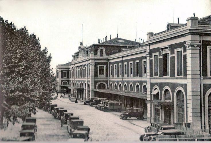 Estación del Norte (construida en 1882), actual Centro Comercial. Madrid, 1920 - Portal Fuenterrebollo