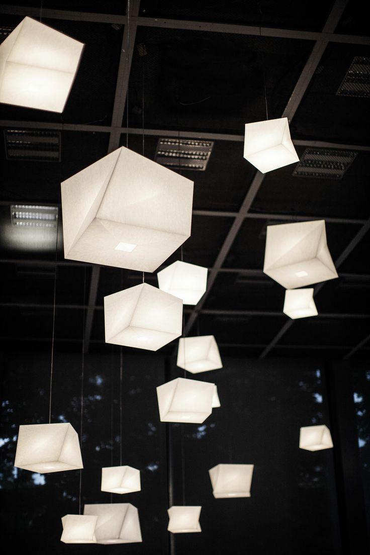 "Alla mostra ""Vivid Memories"" (Fondation Cartier di Parigi) le lampade In-Ei di Issey Miyake per Artemide. Photo © Muyard & Faucha #interior"