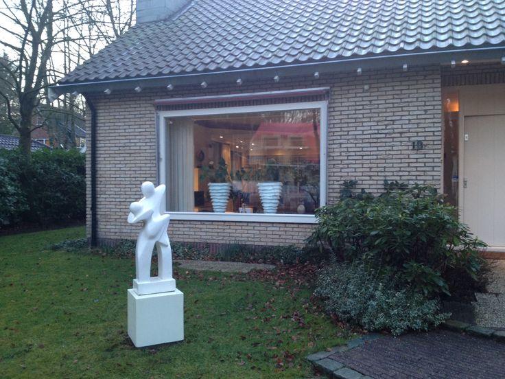 Abstract tuinbeeld 'Couple Dancing' te Arnhem