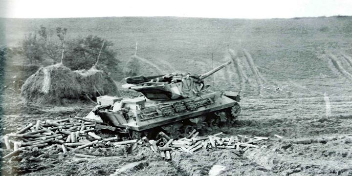 M10 Tank Destroyer fired a salvo after another near the German border at the end of 1944.
