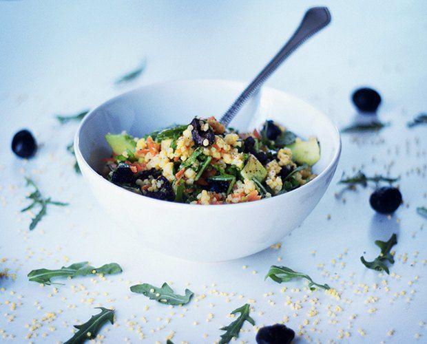 Healthy Dinner: 1/2 cup of millet + 1 medium carrot + 2-3 handfuls of arugula + 10 olives + 1 avocado