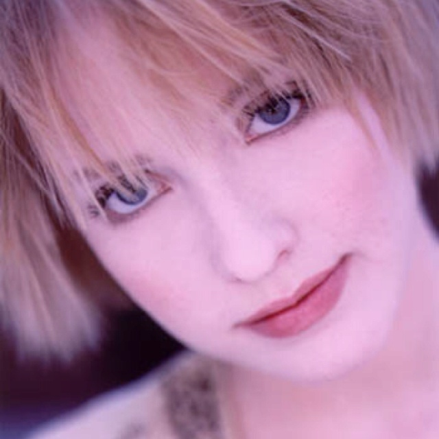 Leigh Nash (Sixpence Non The Richer)