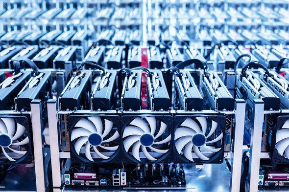 Bitcoin Mining Farm It Hardware Bitcoin Mining What Is Bitcoin Mining Crypto Mining