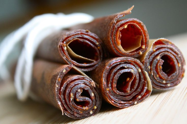 KIDDIE TREAT: PALEO STRAWBERRY PINEAPPLE FRUIT LEATHER RECIPE