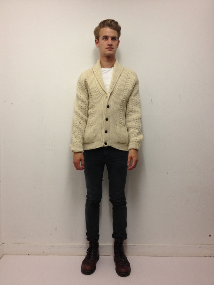 Vintage men's button up cream cable knit cardigan. Click to buy!
