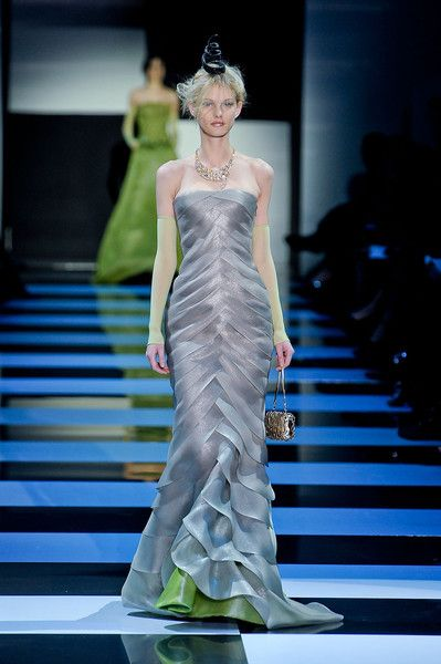 Armani Privé Spring 2012 Runway Pictures | All Cats Are Grey