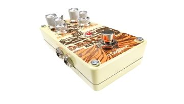 Musikmesse 2015: Digitech Obscura - Modifiziertes Delay - http://www.delamar.de/musik-equipment/digitech-obscura-27919/?utm_source=Pinterest&utm_medium=post-id%2B27919&utm_campaign=autopost