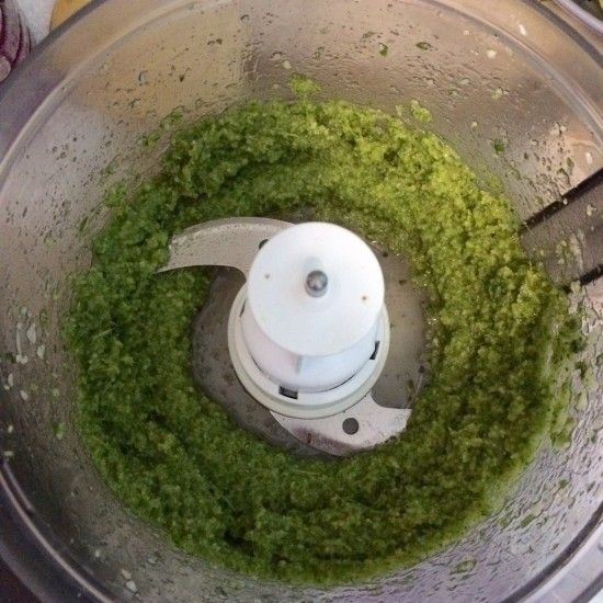 Macadamia Nut Pesto   Dairy free pesto recipe