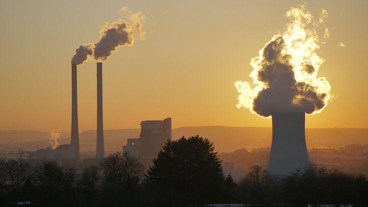 Il cambiamento climatico aumenterà i casi di morte prematura https://www.sapereweb.it/il-cambiamento-climatico-aumentera-i-casi-di-morte-prematura/        Se le tendenze rimarranno le stesse, l'inquinamento atmosferico causato dal cambiamento climatico provocherà un ulteriormente aumento delle morti premature. A lanciare l'allarme su Nature Climate Change, sono stati i ricercatori della University of North Carolina a Chapel Hill, secondo...