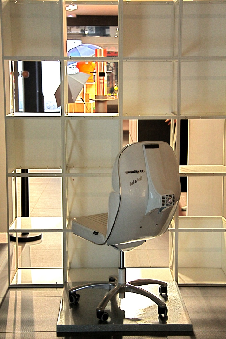 White vespa chair by Bel and Bel at mibamuseum show room