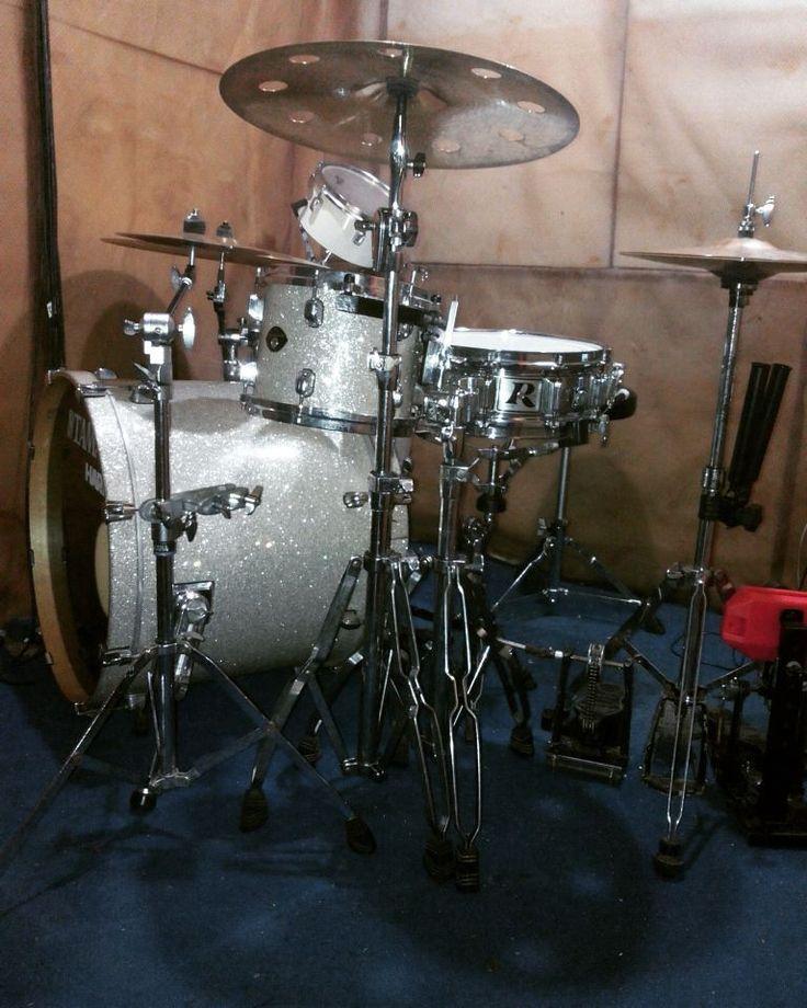 Tama starclassic japan & rogers dynasonic menu latihan drum hari ini di @anh_studio @anh_studiodrum #drums #drum #drumcover #drumporn #anhstudio #studiodrum #drumstudio #mytamakit #drummer #studiodrums #rentals #rentalstudio #studiorental by anh_studiodrum