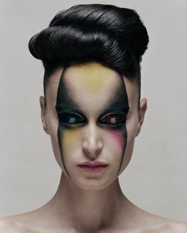 (Photo by Rasmus Mogensen) Wild make up